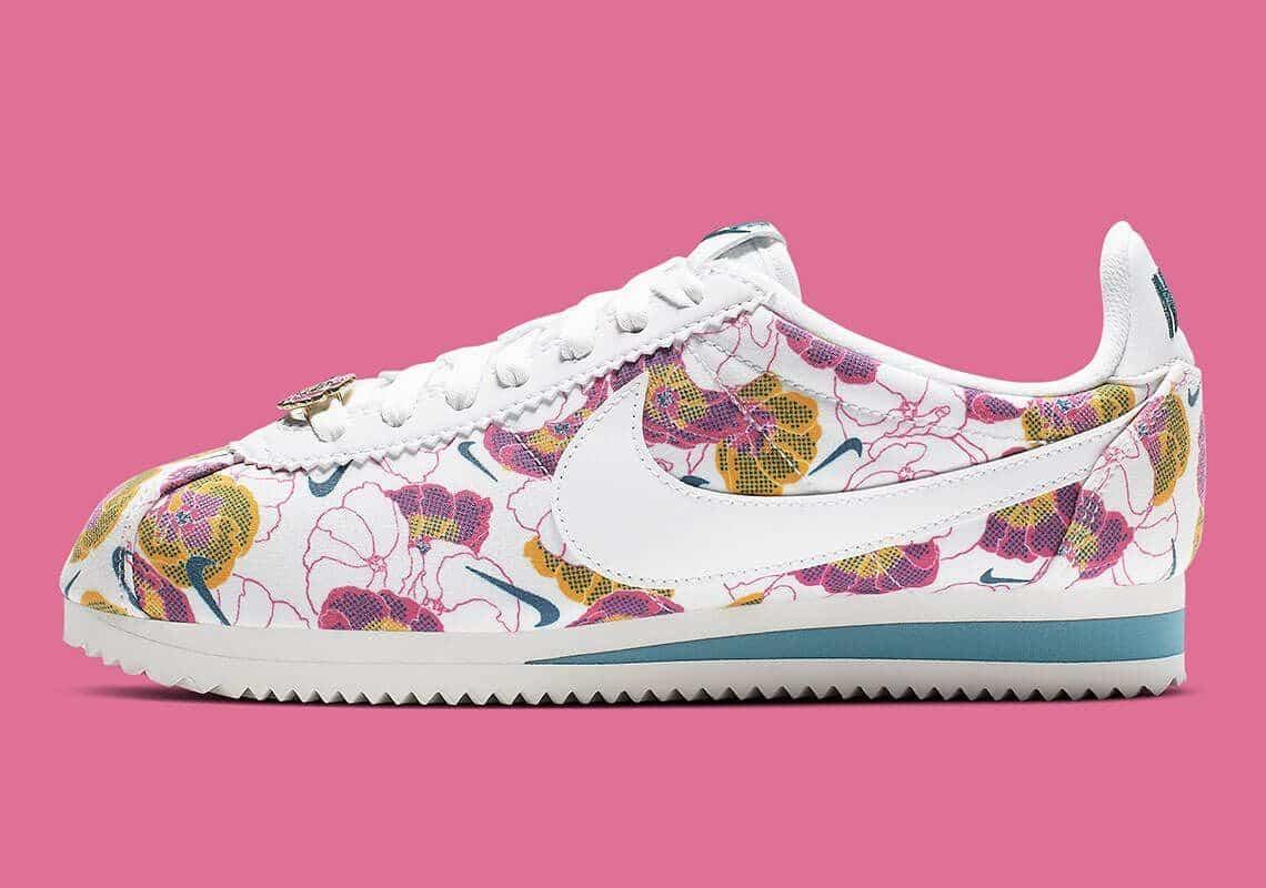 nike cortez wmns floral pack white AV1338 100 5
