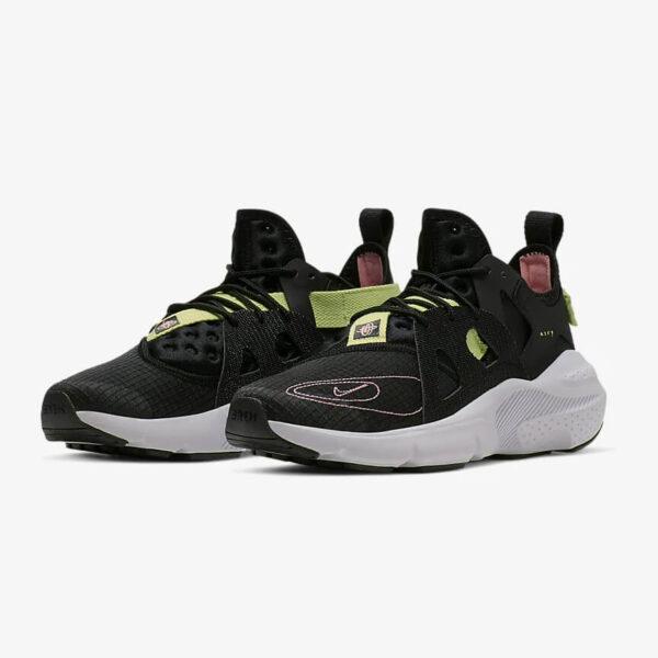 Nike Huarache Type 6