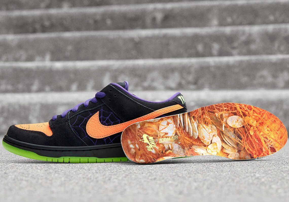 nike sb dunk low night of mischief 3