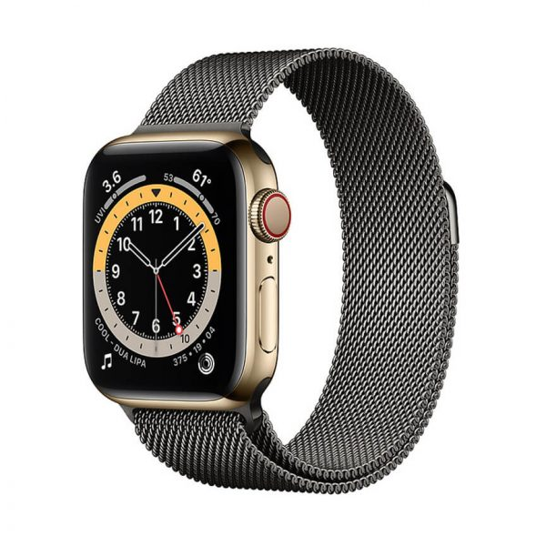 Apple Watch Series 6 with Milanese Loop 5