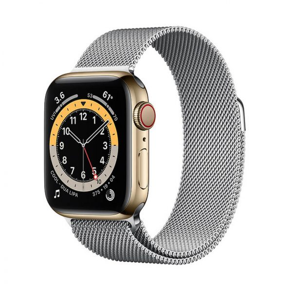 Apple Watch Series 6 with Milanese Loop 6
