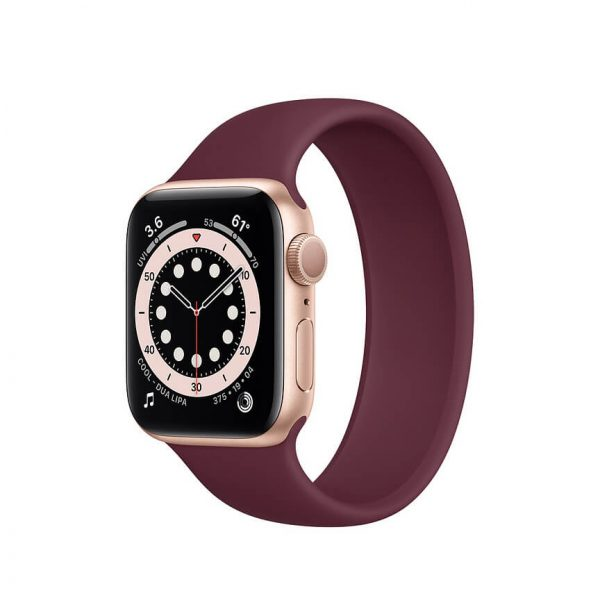 Apple Watch Series 6 with Solo Loop Gold 8