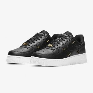 Nike Air Force 1 07 LX 22 1
