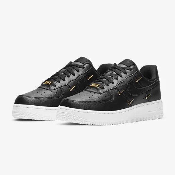 Nike Air Force 1 07 LX 22 1