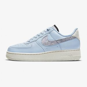 Nike Air Force 1 07 SE blue 1