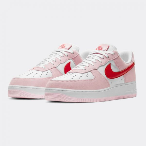 Nike Air Force 1 07 Valentines Day