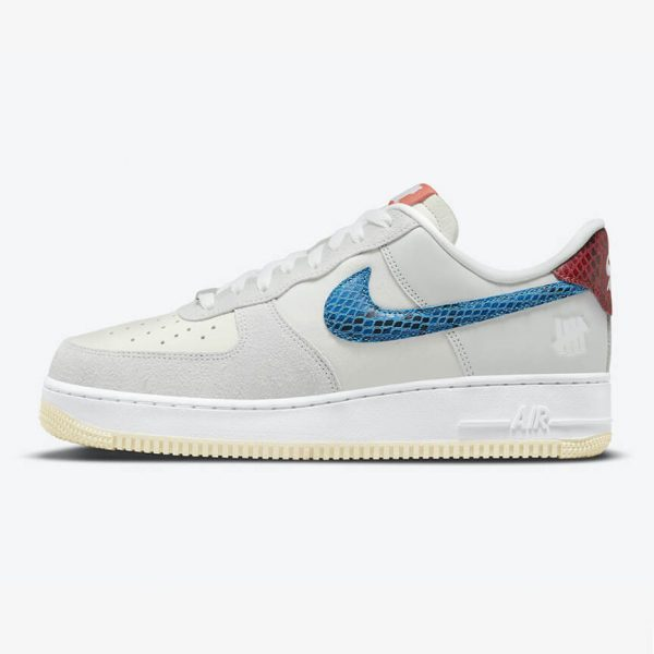 Nike Air Force 1 5 On It