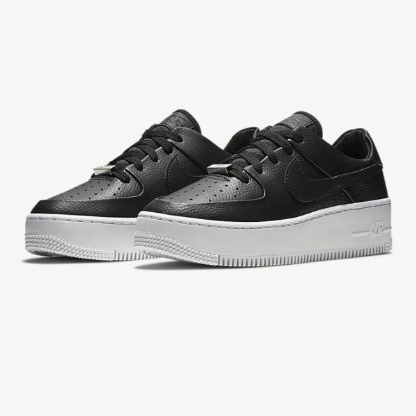 Nike Air Force 1 Sage Low 22