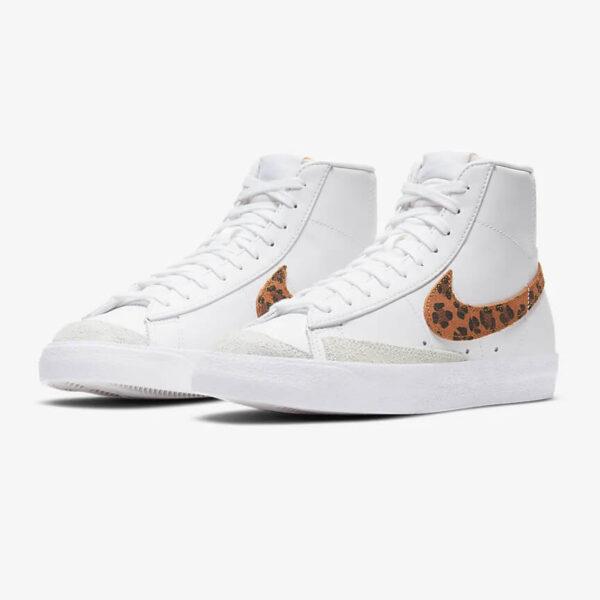 Nike Blazer Mid 77 SE women