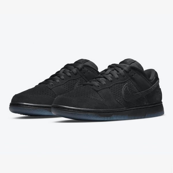 Nike Dunk Low SP UNDEFEATED Black 1